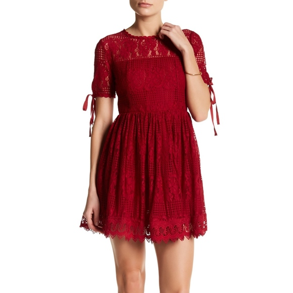 47f2017010f1b Romeo Juliet Couture Red Lace Dress Valentines Day